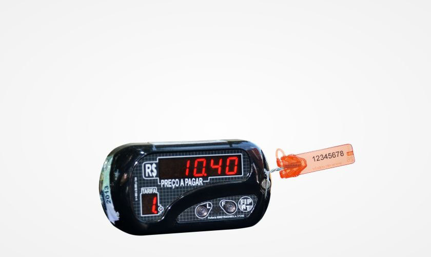 aplicacao-lacres-de-seguranca-controle-registro-de-valores-taximetro